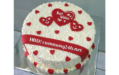 Hướng dẫn viết tên lên bánh kem mừng sinh nhật lung linh