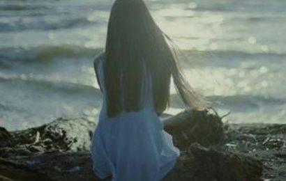Top 20 câu STT chờ đợi ai đó là những ngày sống với cô đơn và nỗi đau