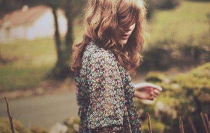 Tuyển tập STT đừng cố yêu người mới chỉ để quên đi người làm em đau
